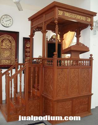 Mimbar Masjid Plus Tangga