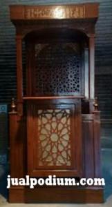 Mimbar Masjid Minimalis Atap Kayu